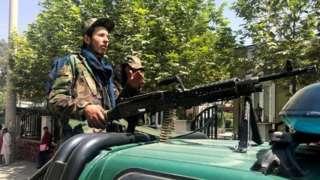 外界关注塔利班夺权后,会不会回到过去的极权路线。