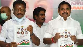 तमिलनाडु के उप मुख्यमंत्री ओ पनीरसेल्वम (बाएं) और मुख्यमंत्री ई पलानीस्वामी