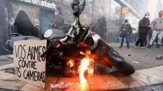 Протесты в Париже
