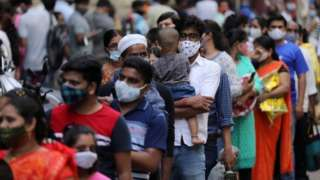 supermarket queue, mumbai