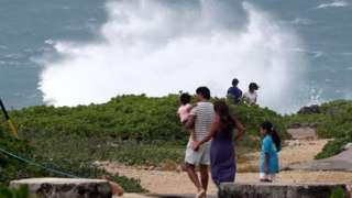 Тайфун Окинаванын жээктерине жетти