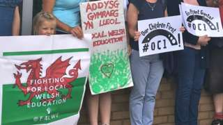 Protest against school closures in Pontypridd in 2019