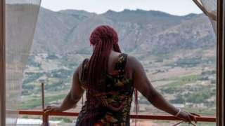 Sicilya'nın uzak bir dağ köyündeki kadın sığınağında şu anda 4 kadın ve bir bebek kalıyor