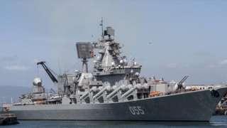 """俄羅斯海軍的""""烏斯季諾夫元帥""""號在去年11月進入南非開普敦港,同中國和南非海軍舉行聯合演習"""
