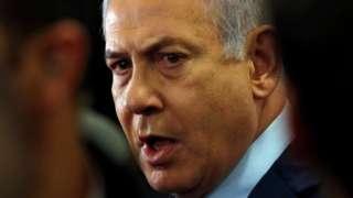 این نخستین بار در تاریخ اسرائیل است که علیه یک نخست وزیر در زمان حکومت اعلام جرم می شود