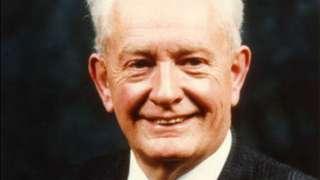 Prof John Mallard
