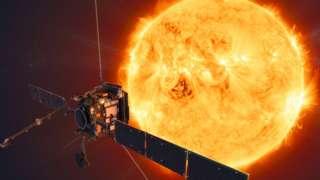 Solar Orbiter heading towards the Sun