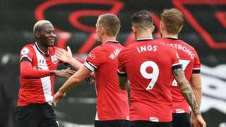 Southampton playes celebrate a goal
