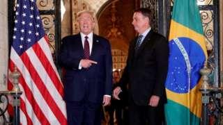 O presidente Donald Trump ao lado de Bolsonaro