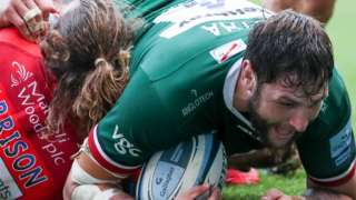 Ruan Botha scores for London Irish