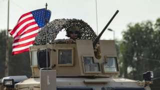 Umusirikare w'Amerika mu modoka y'intambara mu majyaruguru ya Syria
