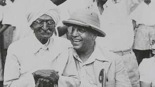 कायदा मंत्रीपदाचा राजीनामा दिल्यानंतर डॉ. आंबेडकर मुंबईत परतले (18 नोव्हेंबर, 1951)
