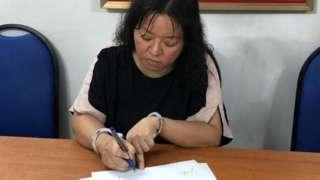 Hình ảnh bà Phạm Đoan Trang được cho là đang làm việc tại cơ quan điều tra.