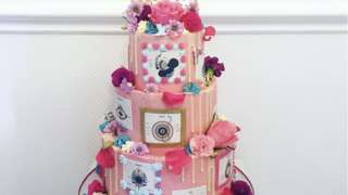 An image of the winning entry in the Royal College of Midwife's Great Midwifery Cake Off