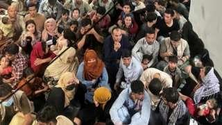 အာဖဂန်နစ္စတန်၊ ယူဂန်ဒါ၊ တာလီဘန်၊ ဒုက္ခသည်