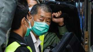 香港终审法院外黎智英被押上囚车(1/2/2021)