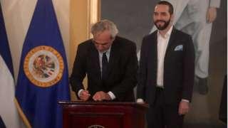 Luis Porto firma un acuerdo con la CICIES