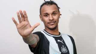 Valentino Lazaro arrives at Newcastle