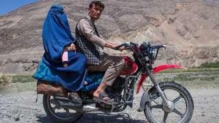 अफगाणिस्तानातल्या 'सिल्क रूट'वर चीन का रस्ता बांधतोय?