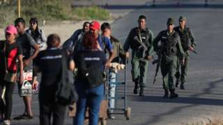 Venezuelan soldiers at the border