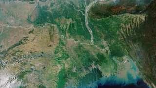 له فضا نه د د ګنګا سیند اخیستل شوی انځور چې په خلیج بنګال سیمو کې د سمندر د رنګ بدلېدل پکې ښکاري