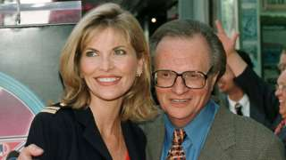 Larry King with his future wife Shawn in 1997