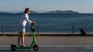 Elektrikli scooterlar tüm dünyada popülerleşiyor