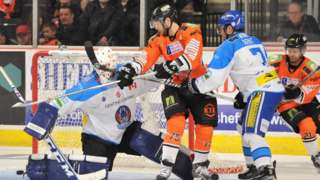 Sheffield Steelers playing ice hockey at FlyDSA Arena