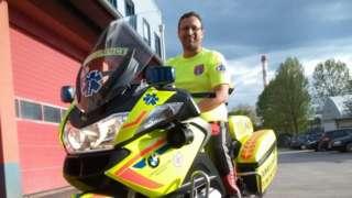 Hitna pomoć na motorima postoji već 17 godina u Sloveniji, na slici Marko Kukovec iz mariborske službe