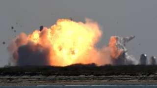 SpaceX星舰原型船在得州博卡奇卡海滩着陆场坠毁(2/2/2021)