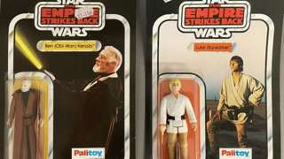 2 vintage Palitoy Star Wars figures still sealed on unpunched ESB The Empire Strikes Back 41-back backing cards