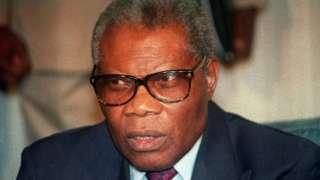 Pascal Lissouba yahiritswe ku butegetsi yari yagiyeho mu matora, ahita ahunga.