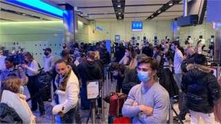 Fila no aeroporto de Heathrow