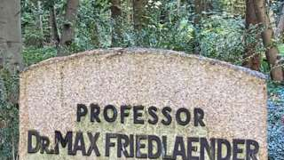 Headstone for Prof Max Friedlaender at the cemetery in Stahlsdorf (12/10/21)