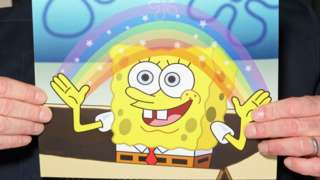 SpongeBob making a rainbow with his hands