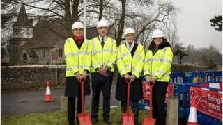 Cate Bell, Rob Evans, Cllr Mel Kendal, Caroline Nokes MP