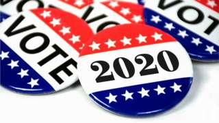 Badges saying Vote 2020