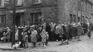 Residents in the Rhondda queuing for vaccination in 1962