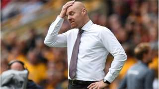 Sean Dyche shows his dismay on the touchline