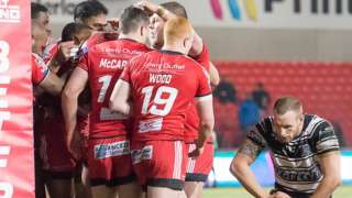 Ben Nakubuwai scored the first of Salford's four tries against Hull