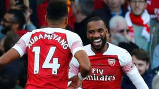 Pierre-Emerick Aubameyang and Alexandre Lacazette celebrate