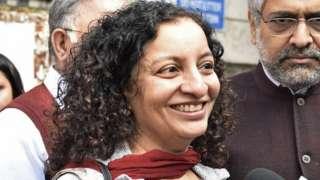 25 فروری 2019 کو ضمانت حاصل کرنے کے بعد صحافی پریا رمانی