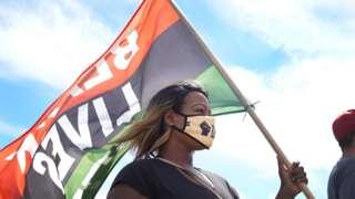 BLM-protestor.