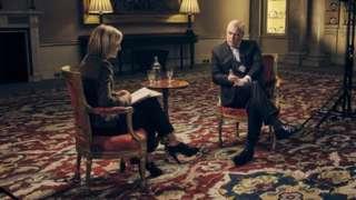 เจ้าชายแอนดรูว์ ให้สัมภาษณ์กับรายการโทรทัศน์ของบีบีซี