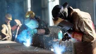 سازمان بینالمللی کار میگوید درآمد کارگران کشورهایی چون هند و چین افزایش یافته است