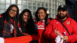 Tonga fans