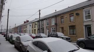 Snow covered cars in Tonypandy, Rhondda Cynon Taff