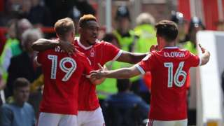 Forest players celebrate against Ipswich