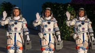 چین، فضايي ماموریت