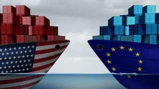 Ilustração mostra dois navios cargueiros, frente a frente, um estampando bandeira dos EUA e outro da União Europeia